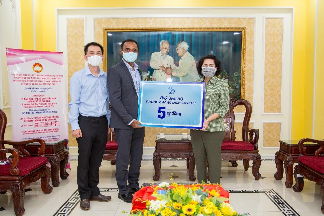 P&G Việt Nam ủng hộ 5 tỷ đồng cho khu cách ly và tuyến đầu chống dịch-1