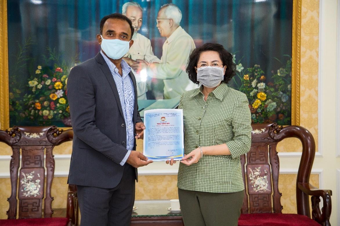 P&G Việt Nam ủng hộ 5 tỷ đồng cho khu cách ly và tuyến đầu chống dịch-2