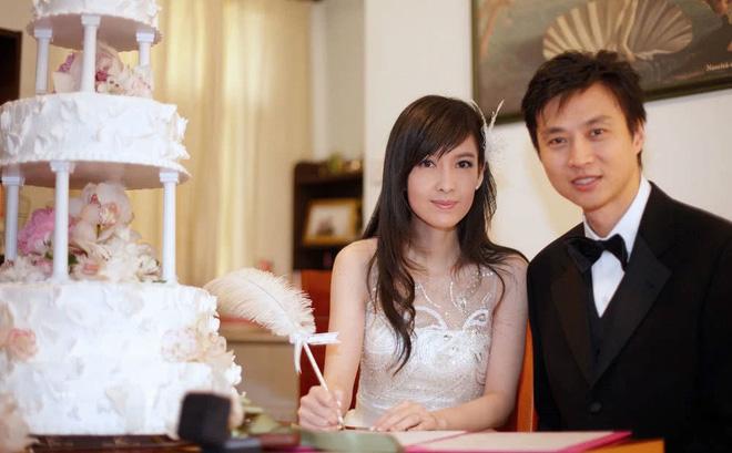 Ngọc nữ số 1 Hong Kong quyết không sinh con để giữ dáng gợi cảm, vẫn bị chồng phản bội 8 lần-6