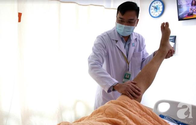 Trị đau lưng bằng cách lấy máu theo lời xúi dại của hàng xóm, người đàn ông 45 tuổi bị liệt cả 2 chân-2