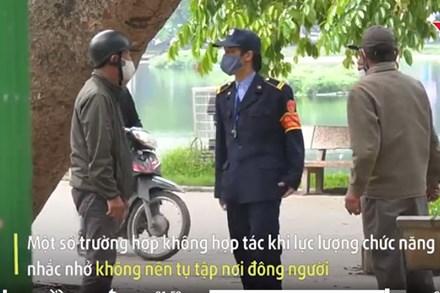 Bị nhắc không ra đường, dân HN đi tập thể dục 'trộm' giữa trưa