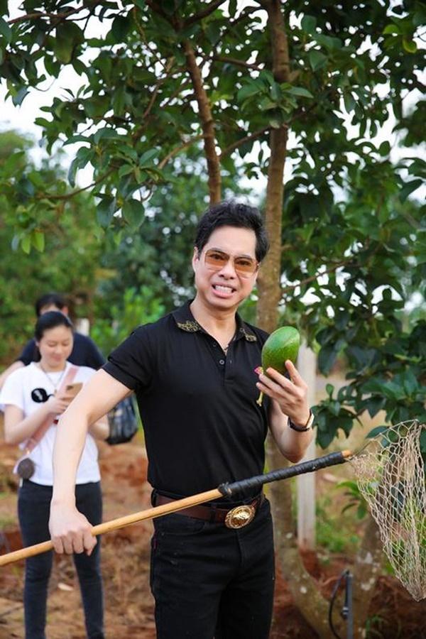 Quyền Linhvà nhiều sao Việt chăm vườn trái cây khi về quê-5