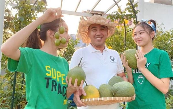 Quyền Linhvà nhiều sao Việt chăm vườn trái cây khi về quê-13