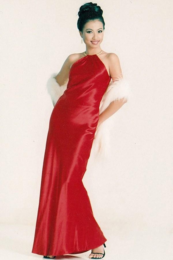 Nhan sắc thời trẻ của hoa hậu giàu nhất Việt Nam-4