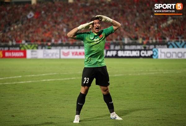 TOP 5 thủ môn cao nhất từng khoác áo ĐTVN: Đặng Văn Lâm đứng cuối bảng-1