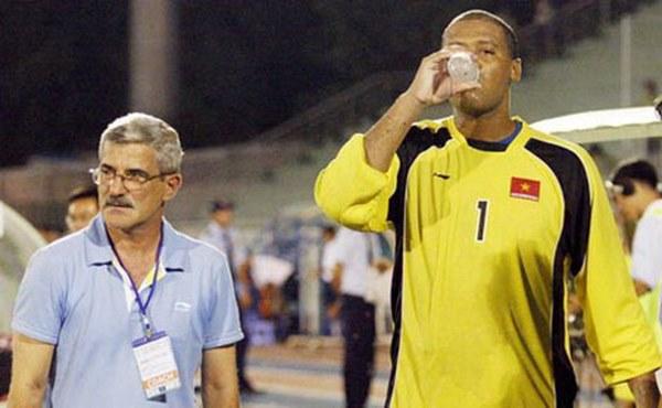 TOP 5 thủ môn cao nhất từng khoác áo ĐTVN: Đặng Văn Lâm đứng cuối bảng-5