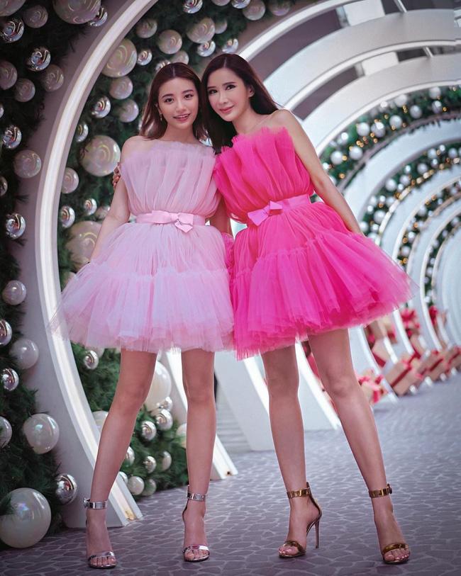 Vì sơ sểnh lộ thân hình khẳng khiu mà Hương Giang kém đẹp hơn vợ 2 Minh Nhựa và bà hoàng Hermes khi cùng diện váy công chúa-4