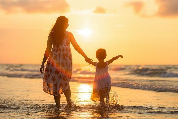 Có 1 biểu hiện này, trẻ lớn lên dễ trở thành kẻ ăn bám: Lời cảnh tỉnh đến người làm cha mẹ-1