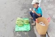 Thấy cậu bé bán mướp bên đường, người phụ nữ đã có hành động đặc biệt, câu chuyện phía sau gây xúc động mạnh