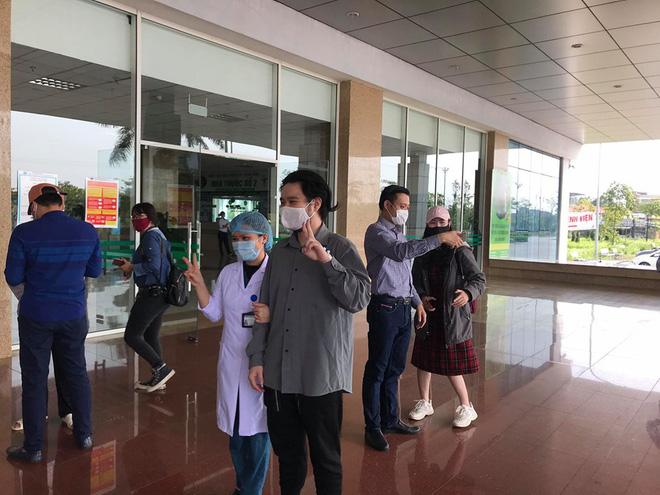 Cụ ông bị ung thư khỏi Covid-19: Sau khi khám bệnh tại BV Bạch Mai về tôi bị sốt và mua thuốc cúm về uống-4