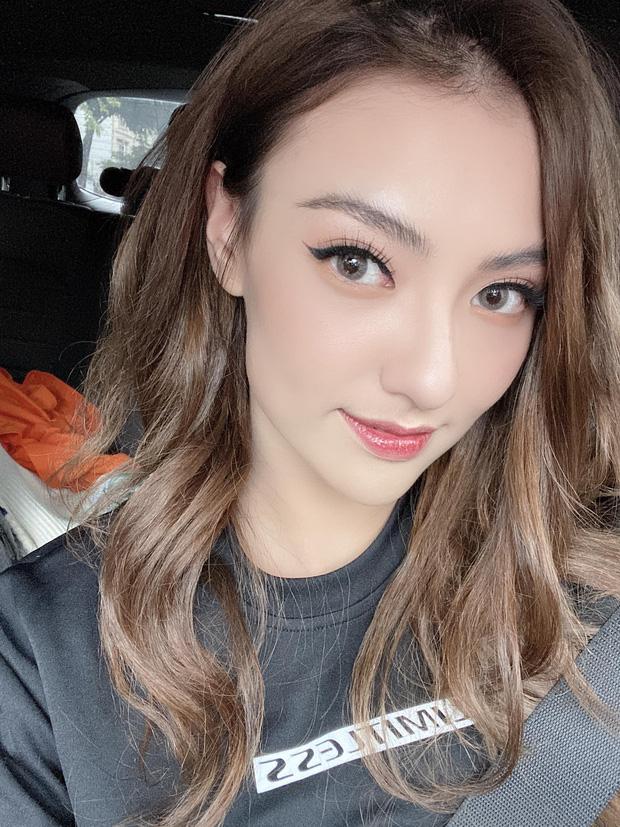 Dậy sóng nghi vấn Huỳnh Anh hẹn hò single mom Hồng Quế, lộ cả ảnh nắm tay và loạt tình tiết mà chẳng mấy ai để ý!-4