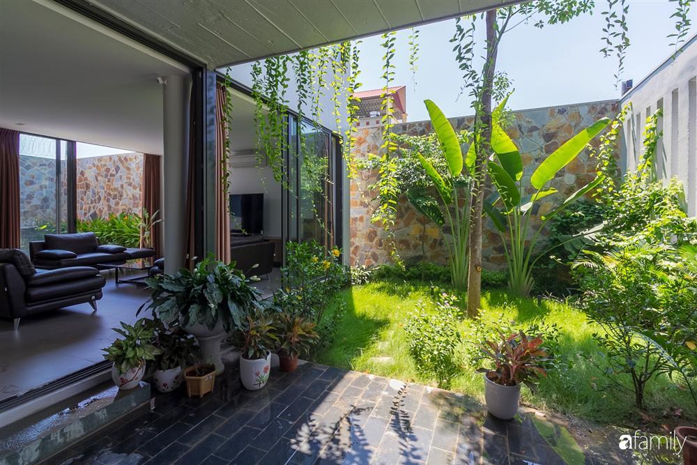 Ngôi nhà 3 tầng lấy cảm hứng từ ruộng bậc thang giúp từng góc nhỏ gần hơn với thiên nhiên ở Ninh Bình-8