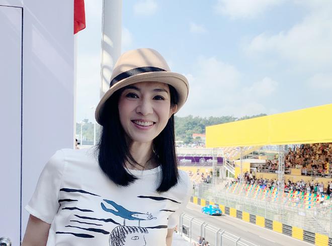 Chúc Anh Đài xinh đẹp nức tiếng: Vỡ nợ khi từ bỏ showbiz theo bạn trai, giờ ra sao ở tuổi U50?-17
