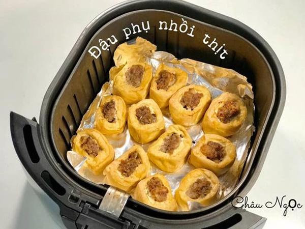 Chị em bỏ túi ngay cách làm 21 món ăn từ nồi chiên không dầu của mẹ đảm Hà Nội-4