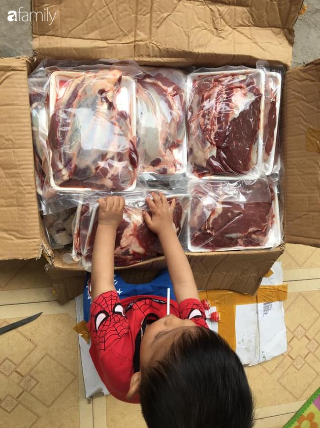 Ở nhà mùa dịch, cô nhân viên công sở miệt mài bán bắp bò, nạm bò, diềm thăn tươi ngày 30-50 đơn, đút túi gần triệu đồng-2