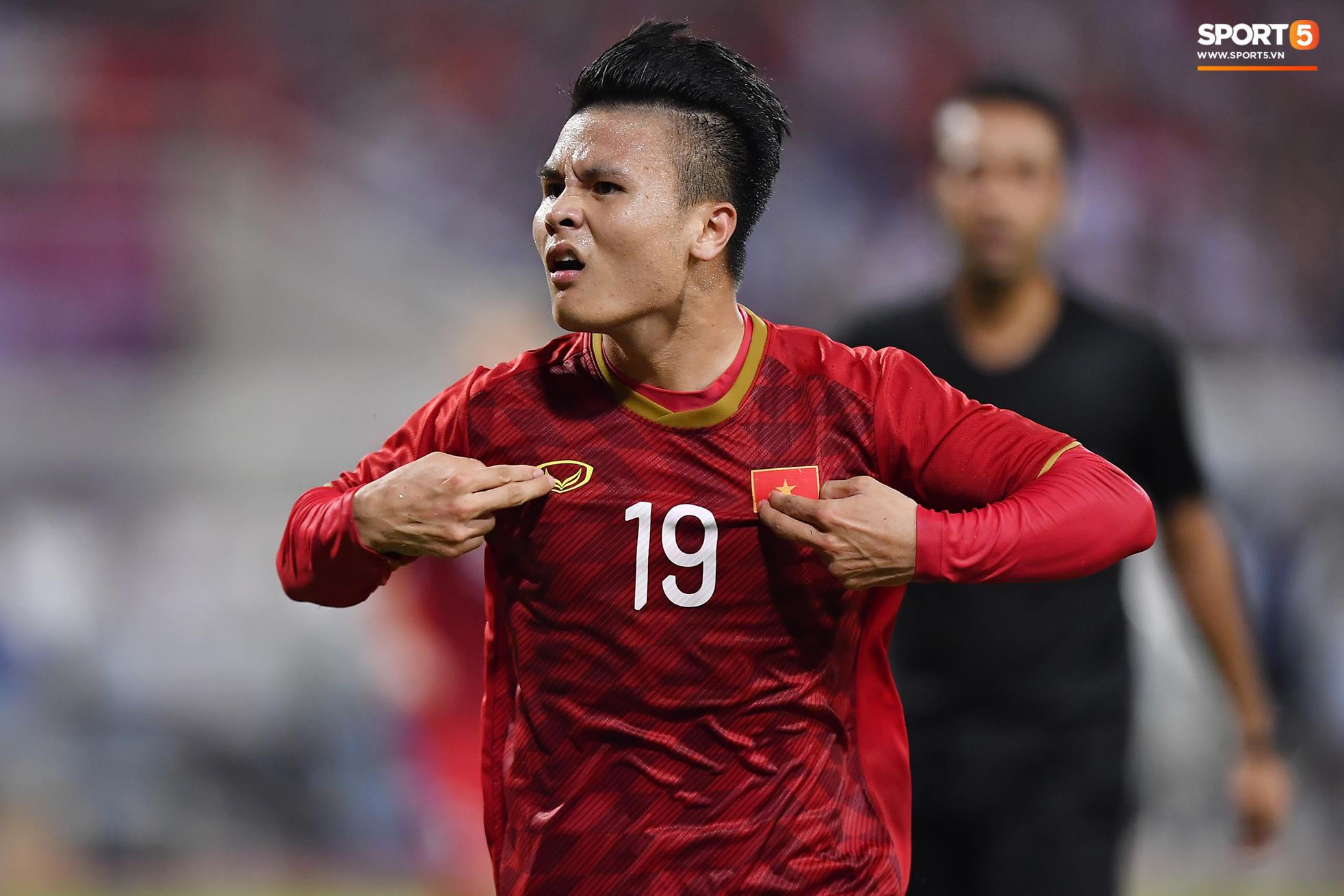 Dàn cầu thủ sinh vào tháng 4 của Việt Nam: Ghép lại sơ sơ cũng được một đội hình rất gì và này nọ-6