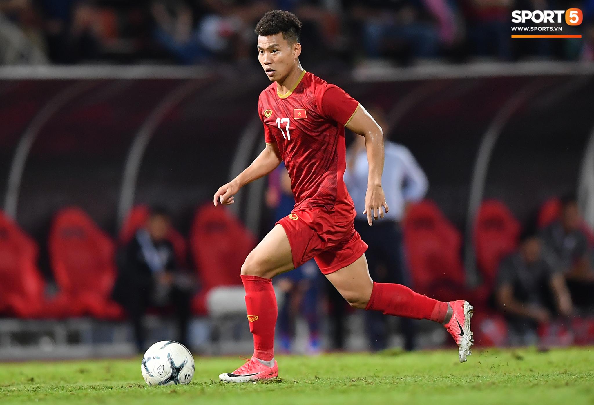 Dàn cầu thủ sinh vào tháng 4 của Việt Nam: Ghép lại sơ sơ cũng được một đội hình rất gì và này nọ-7