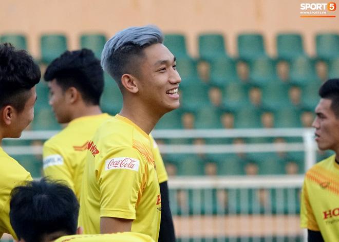 Dàn cầu thủ sinh vào tháng 4 của Việt Nam: Ghép lại sơ sơ cũng được một đội hình rất gì và này nọ-9