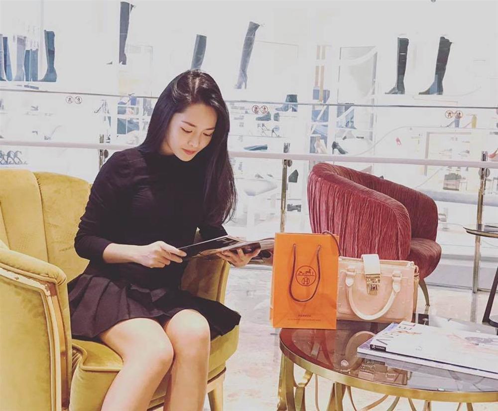 Ngoại hình thay đổi khó tin của hotgirl thẩm mỹ Vũ Thanh Quỳnh sau 5 năm dao kéo-4