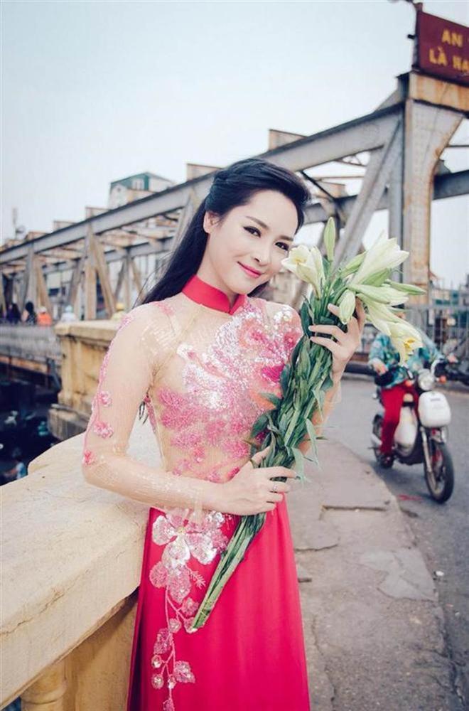 Ngoại hình thay đổi khó tin của hotgirl thẩm mỹ Vũ Thanh Quỳnh sau 5 năm dao kéo-5