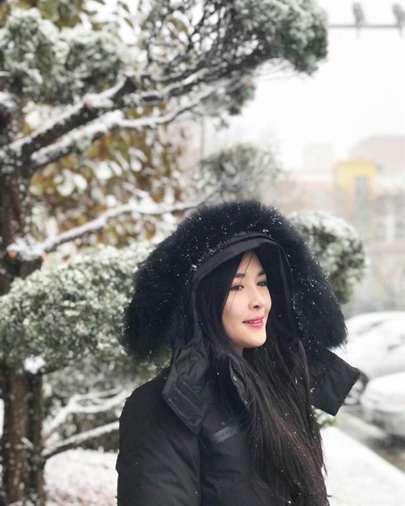 Ngoại hình thay đổi khó tin của hotgirl thẩm mỹ Vũ Thanh Quỳnh sau 5 năm dao kéo-7
