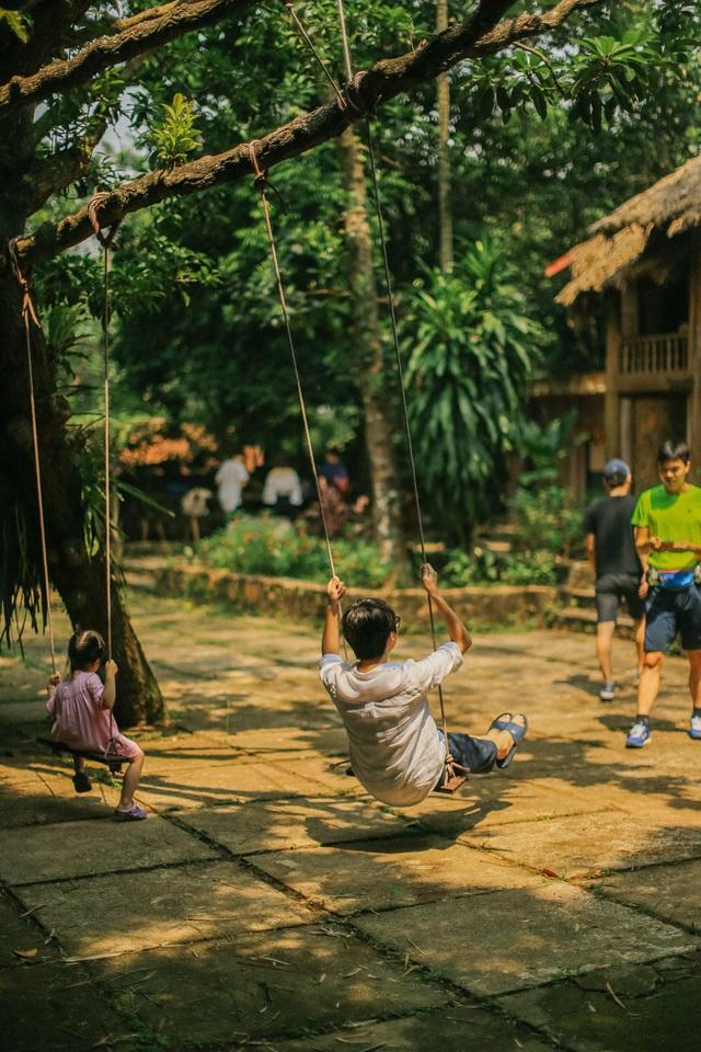 Ngôi nhà trong mơ trên đỉnh núi gần Hà Nội: Cá đầy ao, vườn đầy hoa trái-5