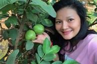 """Đóng cửa nhà thuê, """"Nữ hoàng cảnh nóng"""" về quê chặt tre, hái trái trong vườn 5.000 m2"""