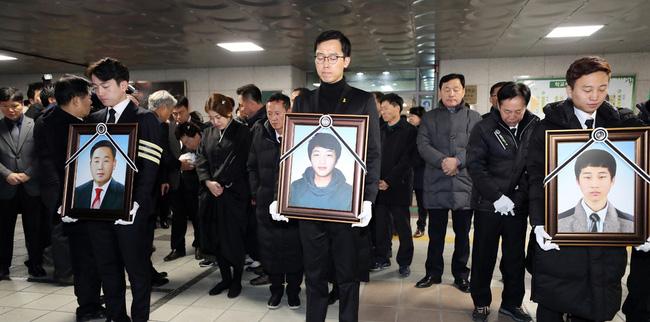 6 năm thảm kịch chìm phà Sewol: Những dòng tin nhắn cuối cùng vẫn khiến người ta rơi nước mắt, gia đình nạn nhân mong con yên nghỉ-2