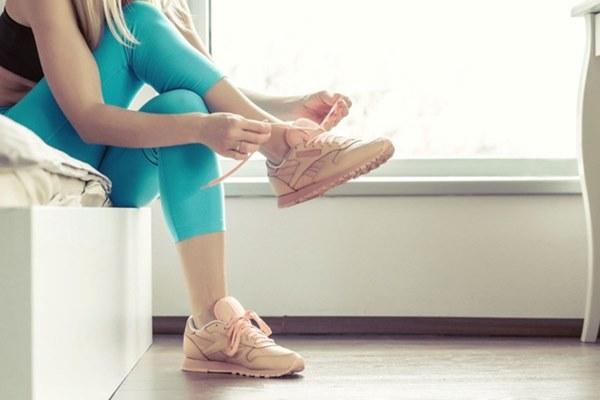 Đi giày làm tăng nguy cơ lây nhiễm Covid-19: Chuyên gia nói gì?-3
