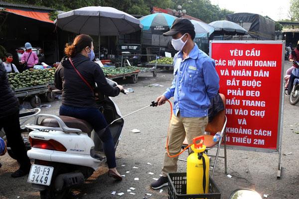 Ngày mai, Hà Nội tổ chức xét nghiệm Covid-19 tại các chợ đầu mối-1