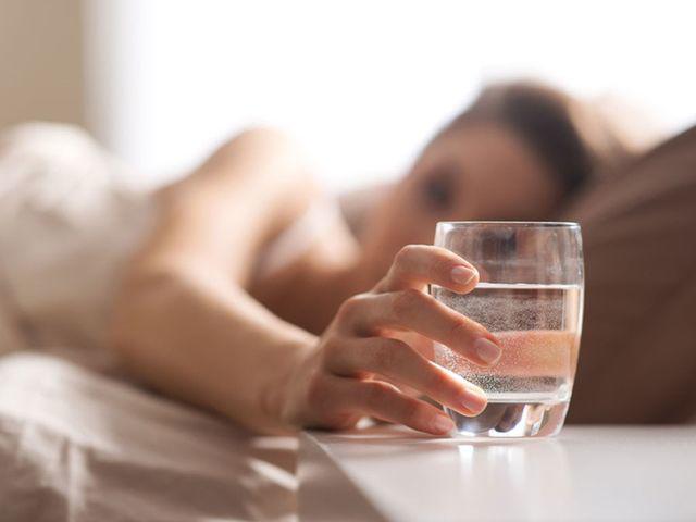 Uống nước vào 5 thời điểm này, cơ thể nhận nhiều đặc quyền mà không thần dược nào làm được-2