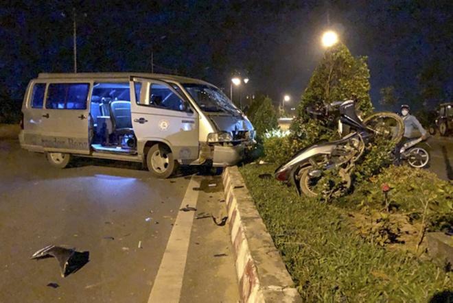 Tai nạn giao thông nguy kịch, dân gọi 115 không nghe máy-1