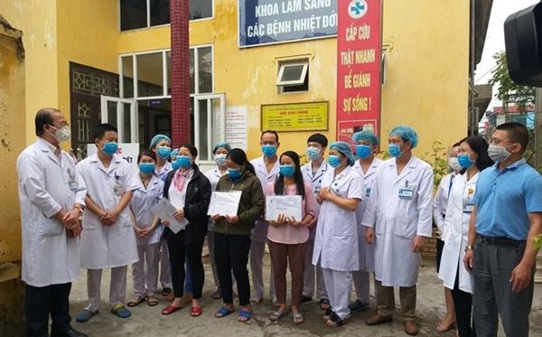 Giám đốc BV Hà Nam: Nhân viên Cty Trường Sinh dương tính SARS-CoV-2 sau khi ra viện từng 2 lần âm tính-1