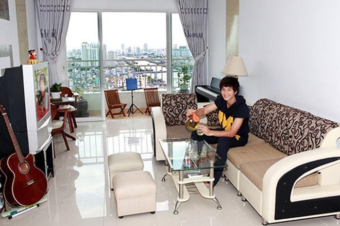 Căn hộ giản dị của diễn viên Huỳnh Anh vướng tin đồn hẹn hò Hồng Quế-5