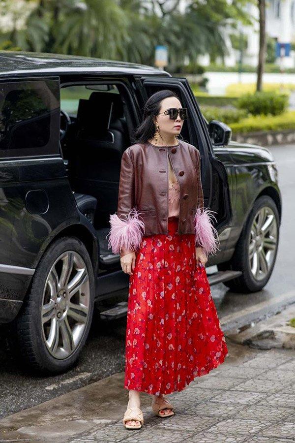 Phượng Chanel đụng hàng với Hồ Ngọc Hà: Người đắp hàng hiệu nhiều hơn lại thua đau mới khổ-2