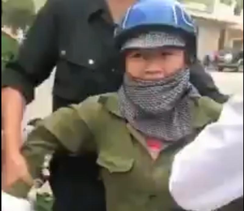 Phó Chủ tịch phường ở Quảng Ninh: Mất bình tĩnh nên có lời nói không chuẩn mực với chị bán rau-1