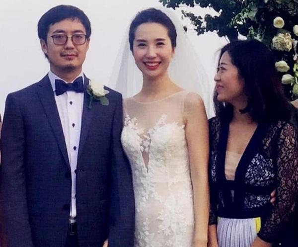 Rốt cuộc nàng hotgirl vướng nghi án Tuesday chen chân vào cuộc hôn nhân của chủ tịch Taobao là ai mà có hơn 11 triệu người theo dõi trên MXH?-3