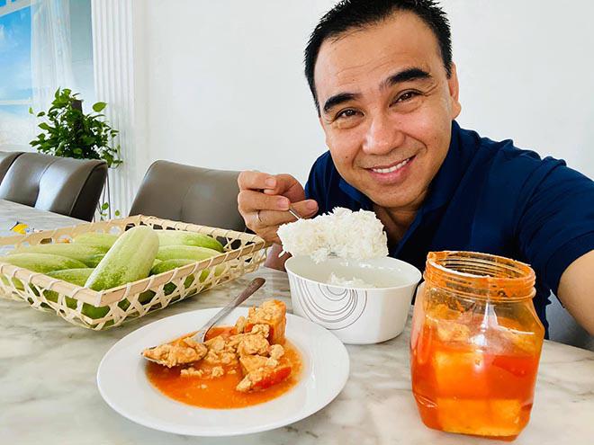 Hình ảnh khiến triệu người thích thú của MC giàu nhất nhì Việt Nam Quyền Linh-5
