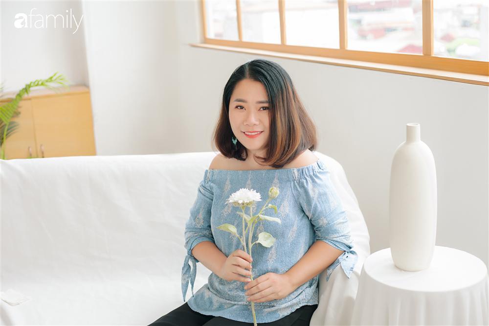 Vượt qua cú sốc con tự kỷ, nữ giám đốc ở Hà Nội đóng 4 cơ sở dạy tiếng Anh, đổi mọi công sức và tiền bạc lấy... 3 giây con nhìn vào mắt mình-1