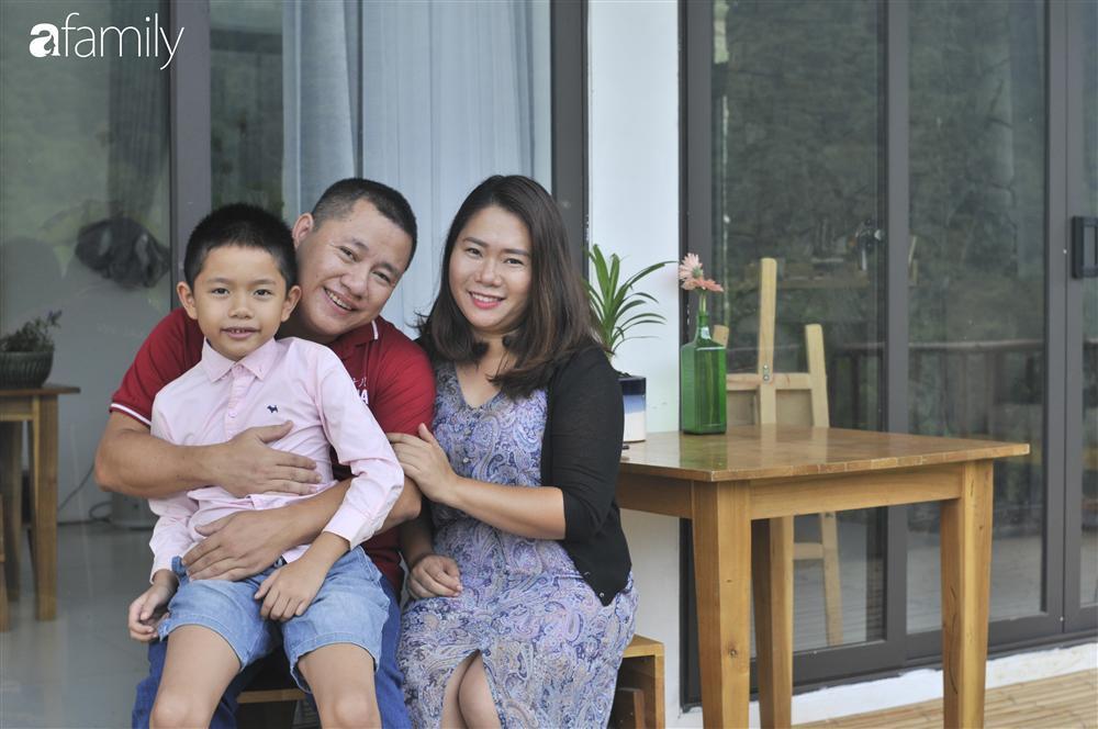 Vượt qua cú sốc con tự kỷ, nữ giám đốc ở Hà Nội đóng 4 cơ sở dạy tiếng Anh, đổi mọi công sức và tiền bạc lấy... 3 giây con nhìn vào mắt mình-6