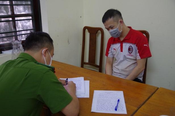 Nữ phó hiệu trưởng bị con trai của người tình đâm tử vong ở Hà Giang đã ly hôn với chồng-1