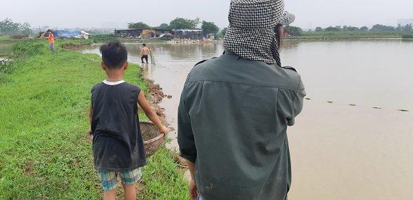 Người mẹ sinh 14 đứa con ở Hà Nội: Nhà tôi tự cách ly ở giữa đồng, vui lắm-3