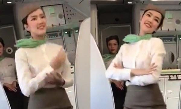 Những nữ tiếp viên hàng không Việt nổi tiếng vì mặt xinh, thân hình gợi cảm-17