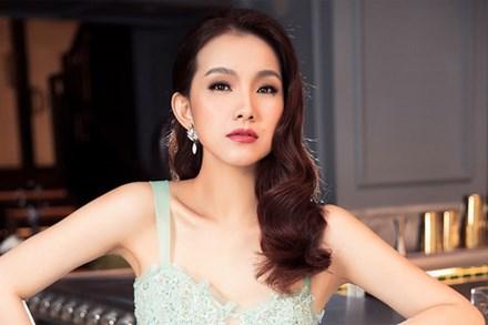 10 năm ở ẩn, Hoa hậu Thùy Lâm vẫn đẹp và quyến rũ