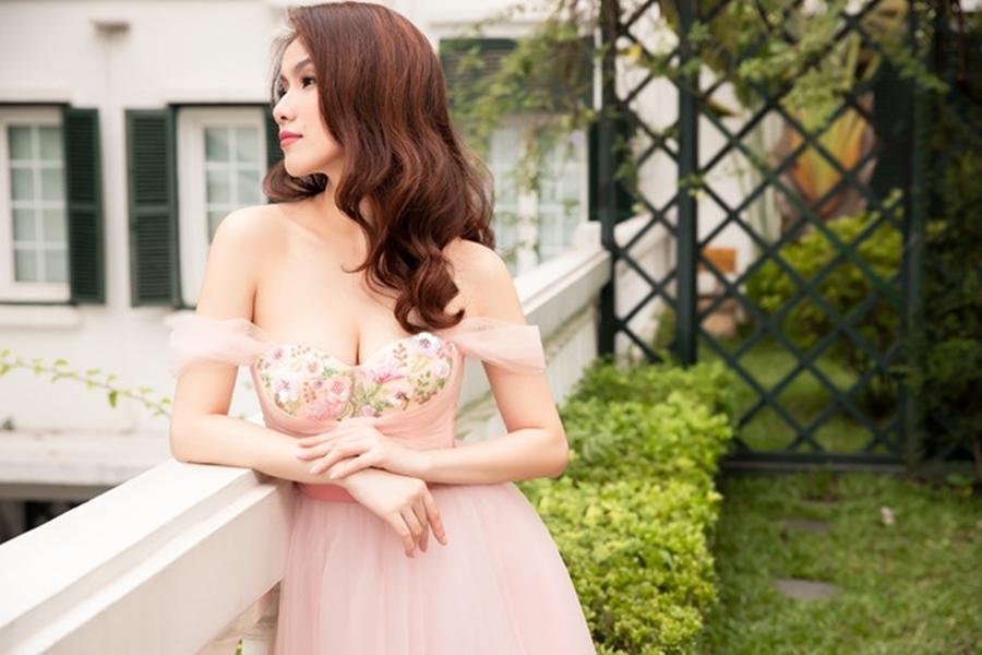10 năm ở ẩn, Hoa hậu Thùy Lâm vẫn đẹp và quyến rũ-3