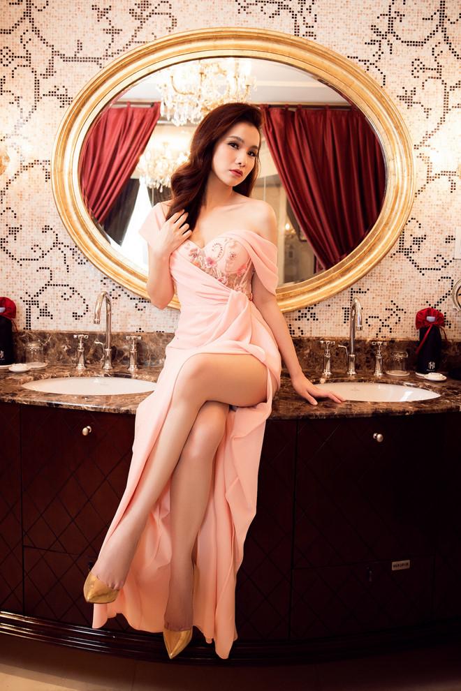 10 năm ở ẩn, Hoa hậu Thùy Lâm vẫn đẹp và quyến rũ-10
