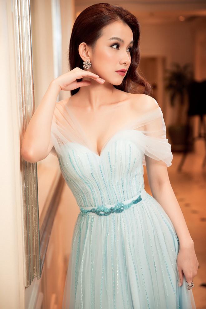 10 năm ở ẩn, Hoa hậu Thùy Lâm vẫn đẹp và quyến rũ-7