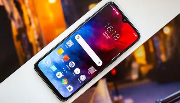 Những smartphone đang giảm giá mạnh cuối tháng 4/2020-8