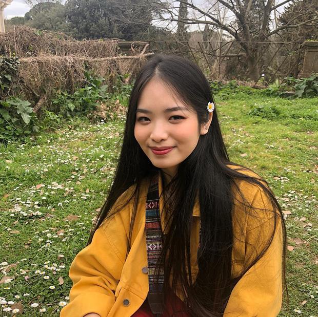 Con gái 10x kín tiếng của Duy Mạnh Kiếp đỏ đen: Du học ở Ý, không muốn bước chân vào showbiz nhiều phức tạp-9