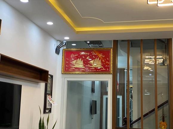 Sau hơn 1 năm ly hôn cháu gái Kim Tiểu Long, ca sĩ Khưu Huy Vũ khoe không gian nhà mới sang trọng-5